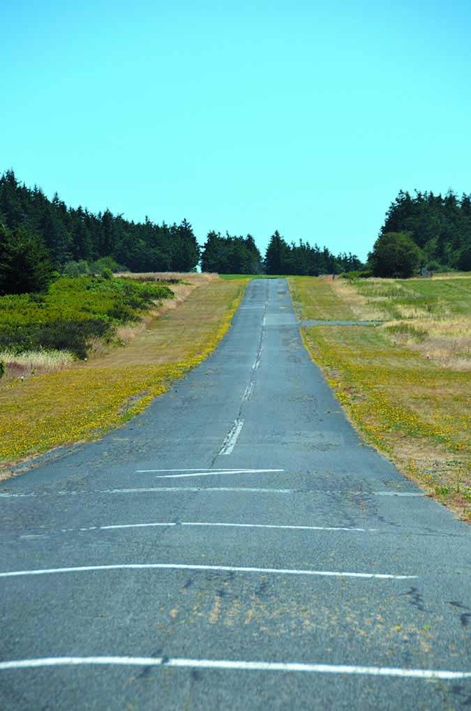 aircraft runway approach